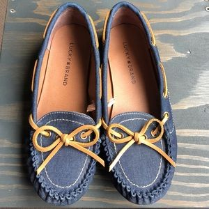 Lucky brand moccasin style blue flats